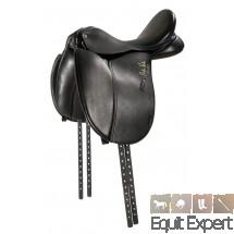 """Selle de dressage Arthur Kottas 17,5"""" fabriquée dans un cuir doublé de première qualité avec une belle finition main. PFIFF 101230"""